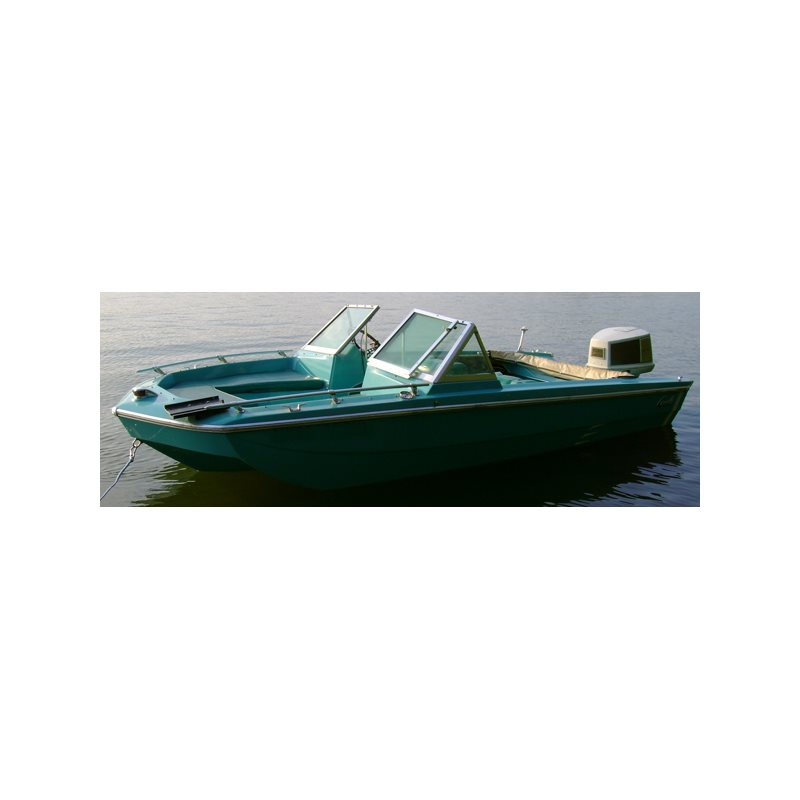 Tri-Hull Runabout Outboard